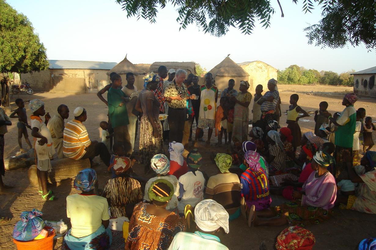 Bezoek Yikpa en andere dorpen jan. 2012 280